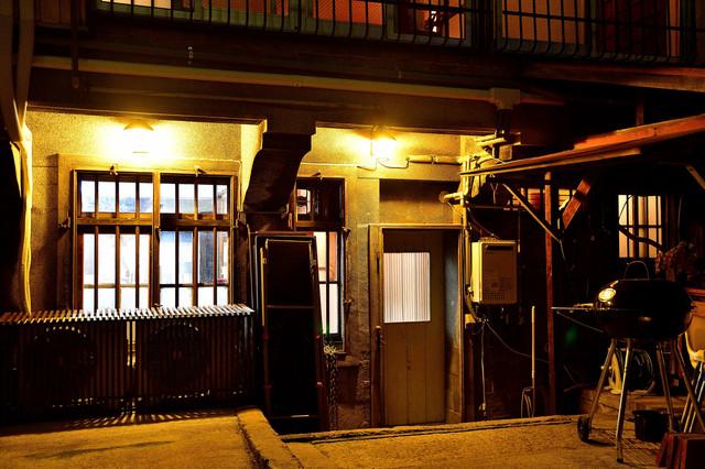 大阪タトゥースタジオ玄関.jpg
